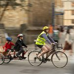 flickrで見る、世界の「子供2人乗せ」事情。