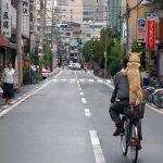 Photo:二人乗りも右側通行もいけません