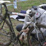 週刊マティーノ:さて、この汚れた自転車をどうやって掃除しましょうか……【PR】