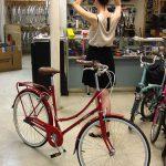 Photo:たまには赤い自転車もいいかもしれない