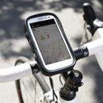 iPhone 5などの大きめなスマートフォンを自転車にマウントできる製品の話題2つ