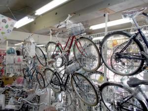 ブリヂストンサイクルの専門店としてたくさんのシティサイクルを取り扱う