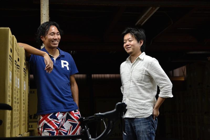 ROCKBIKESの西山直人さん(右)と吉江章光さん(左)