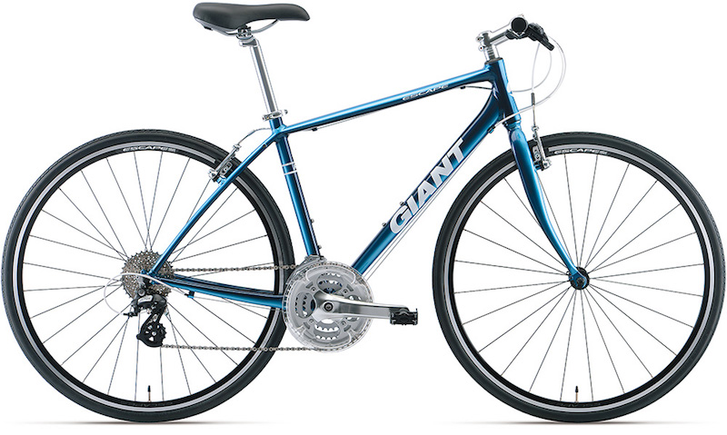 1台目のスポーツ自転車として人気のクロスバイク。中でもGIANT ESCAPE R3は定番モデルだ。