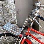 今なお現役、ロッドブレーキの郵便自転車