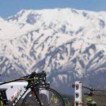 嶺方峠の絶景と野平の一本桜