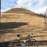 【町田の】ニュータウンの中にそびえるミニチュア富士【サイクリングコース】