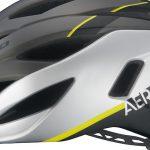 空力性能と通気性を両立したヘルメット「Kabuto AERO-V1」