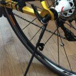 旅先での自転車撮影を簡単にする簡易スタンド「インスタンド」